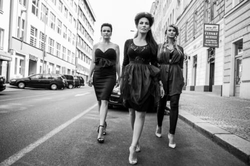 Eva Decastelo, Barobra Mottlov†, Daniela Rāvai, Street of LOVE, Hair studio Honza Koż°nek (1) (1)