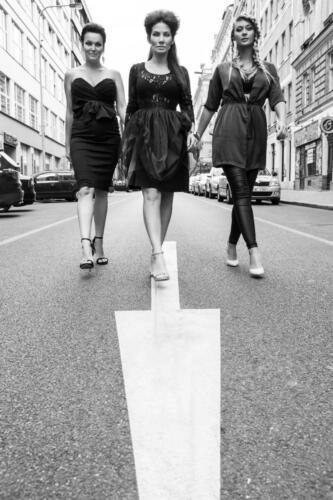 Eva Decastelo, Barobra Mottlov†, Daniela Rāvai, Street of LOVE, Hair studio Honza Koż°nek (2) (1)
